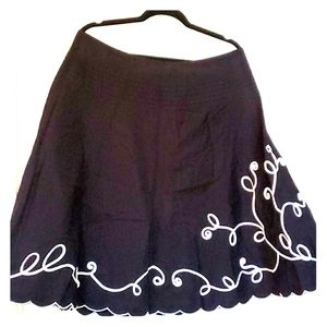 Black with White Brocade and Scallop Hem Skirt